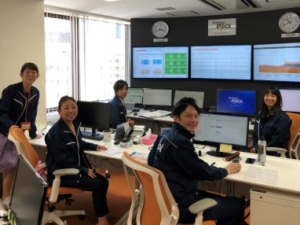 Team in Japan monitoring screens for demand response activation